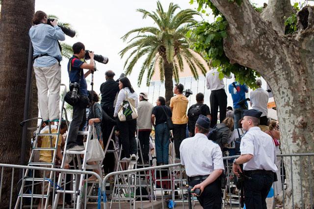 La foule de paparazzis cannois (c) Sébastien Dolidon