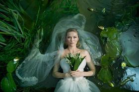 Kirsten Dunst dans Melancholia, de Lars von Trier