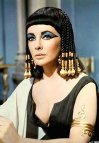 Elizabeth Taylor est Cléopâtre