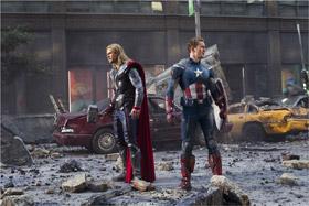Thor et Captain America dans The Avengers