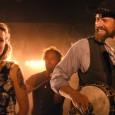 Athée, indépendant, sauvage ébouriffé et doux rêveur, Didier joue du banjo dans un groupe de Bluegrass Country. Superstitieuse, pétillante, mystérieuse, la sensualité à fleur de peau, Elise...
