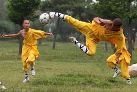 Du foot pour faire rire : Shaolin Soccer