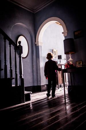 Noah Wiseman dans Babadook, de Jennifer Kent