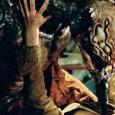 Trailer de Mosquitoman (Mansquito en VO), film réalisé par Tibor Takacs en 2005. Le réalisateur aime les films mettant en scène des hybrides mi-humain, mi-animal. Il est d'ailleurs à l'origine...