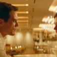 Le visage émacié, le corps effilé comme les couteaux qu'il manie avec brio dans la cuisine de son restaurant, Frank tombe amoureux de la jeune Lola, très libérée avec son corps. Le coup de...