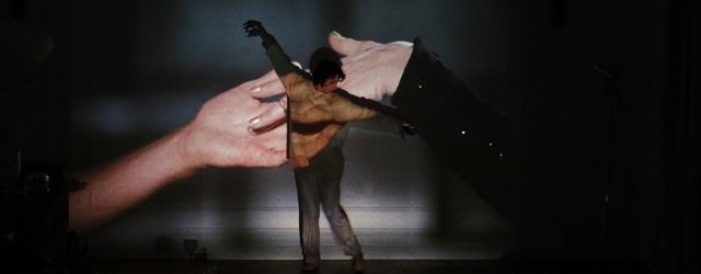 Mosaïque étincelante, variation free jazz, jeu de miroirs où se croisent, s'effleurent et se cognent Mathieu Amalric, son double, Barbara (mi-déesse mi-sorcière) et Jeanne Balibar, hypnotique et...