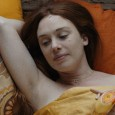 Femme au bord de la crise de nerfs Voilà un premier film qui colle à la peau de sa comédienne principale. La jeune femme qui donne son titre au long-métrage...